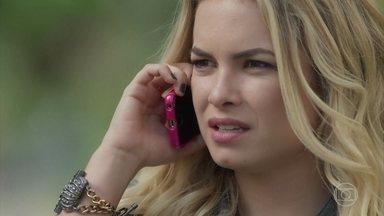 Uma amiga de Anita avisa que Amaro está em um bar com Cibele - Filha de Dantas se encontra com o namorado da amiga