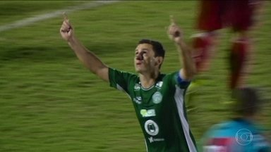 Pela Série B, Internacional vence, Vila Nova bate Goiás e Santa Cruz e Figueirense empatam - Clássico goiâno teve briga entre torcidas.