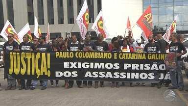 'Caso Colombiano': morte de sindicalista e esposa faz 7 anos; parentes e amigos protestam - Cinco réus foram indiciados no processo. Paulo Colombiano era tesoureiro do sindicato dos Rodoviários e foi assassinado com a mulher, em 2010.