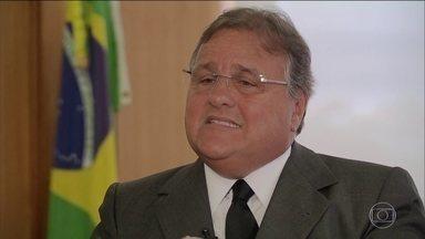 Ex-ministro de Temer, Geddel Vieira Lima, é preso preventivamente - Pedido foi feito pela Procuradoria Geral da República. Geddel foi preso acusado por suspeita de atrapalhar investigações da Operação Lava Jato.