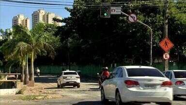 Trânsito volta ao normal após seis meses de obra na Avenida Eduardo Girão - Trânsito volta ao normal após seis meses de obra na Avenida Eduardo Girão