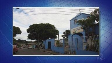 Homens invadem e furtam R$ 10 mil em objetos de igreja na Zona Centro-Oeste de Manaus - Fato ocorreu por volta de 1h desta segunda-feira (3).