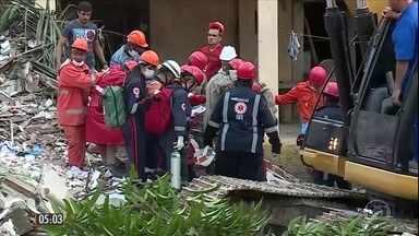 Desabamento de prédio deixa dois mortos em Garanhuns (PE) - Das quatro famílias que moravam no local, apenas duas estavam nos apartamentos no momento do acidente.