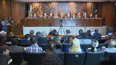 Audiência Pública discute situação das universidades estaduais do Paraná - Um dos assuntos mais comentados foi o Meta 4, sistema criado pelo Governo do Estado para a gestão da folha de pagamento dos funcionários das universidades.