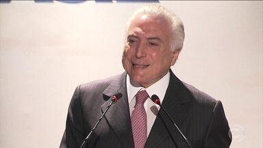 Presidente Michel Temer diz que vai respeitar a decisão dos deputados - No fim da manhã, Temer retomou a agenda de encontros no planalto com parlamentares, em busca de apoio. Dessa vez, com senadores e deputados do Maranhão.