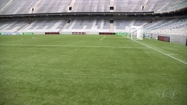 Para vencer o Atlético-PR, Cruzeiro terá que driblar cansaço e grama sintética - No ano passado, Cruzeiro não conseguiu se acostumar a grama sintética da arena da baixada e foi derrotado pelo time de casa