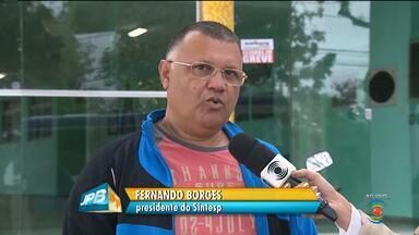 Servidores da UEPB suspendem greve em Campina Grande - Professores ainda continuam a paralisação.