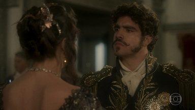 Pedro expulsa Domitila e defende Leopoldina - O príncipe se revolta com a ousadia da amante. Mas Domitila vai atrás da princesa e pede para falar com ela