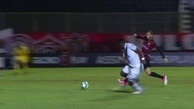 Melhores momentos: Vitória 1 x 4 Vasco pela 13ª rodada do Brasileirão 2017 - Garotada vascaína dá show e time vence a primeira fora de casa.