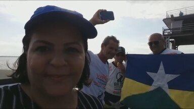 Caravana de jornalistas que saiu de RO pela BR-319 chega em Manaus - Repórter Maríndia Moura fala da chegada.