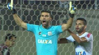 Goleiro Vanderlei é destaque na vitória do Santos sobre o Atlético-MG. - Peixe chegou à vice-liderança do Brasileirão.