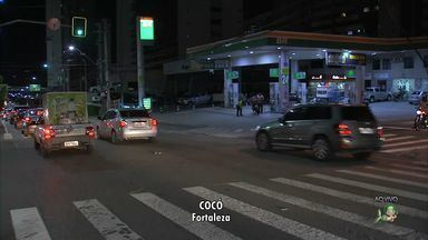 Obra na Via Expressa complica o trânsito para motoristas e pedestres - Obra foi iniciada nesta semana e deve durar 40 dias.