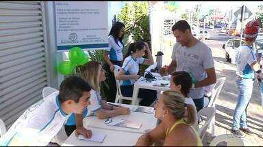 Moradores são orientados sobre sinais do câncer de cabeça e pescoço em Araguaína - Moradores são orientados sobre sinais do câncer de cabeça e pescoço em Araguaína