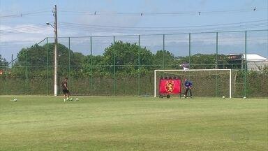 Agenor tem o desafio de substituir Magrão diante do Botafogo - Agenor tem o desafio de substituir Magrão diante do Botafogo