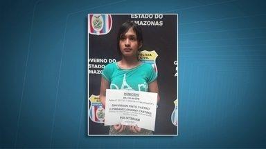 Polícia prende travestis acusadas de homicídio por disputa de ponto de prostituição - A polícia prendeu em Manaus duas das quatro travestis acusadas de matar Ághata. O motivo seria disputa por pontos de prostituição. O crime foi no início do ano, em Taguatinga.