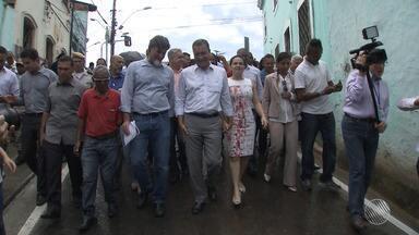 Governador Rui Costa entrega obras de requalificação da Ladeira de Santana - As calçadas e ruas no entorno da ladeira também foram requalificadas.