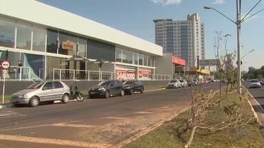 Comerciantes de avenida na zona leste de Ribeirão estão preocupados com os furtos - Segundo as vítimas, crimes são constantes na Avenida Maurilio Biagi. Em uma só loja prejuízo foi de R$ 50 mil.