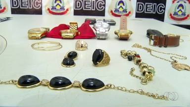 Quatro são presos suspeitos de roubar de joias - Quatro são presos suspeitos de roubar de joias
