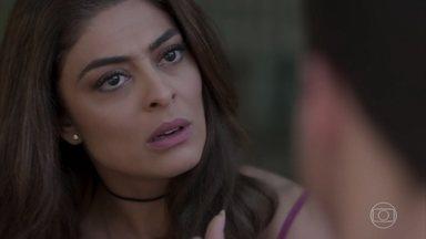 Bibi pega Yuri no flagra e dá uma bronca nele - Heleninha questiona o filho sobre conversa com a vizinha e fica intrigada com cartão que recebe de Olavo