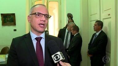 Secretário de Segurança pede dinheiro do Governo Federal para aparelhamento da PM - Roberto Sá disse que presidente Michel Temer sinalizou com a possibilidade de repassar a verba