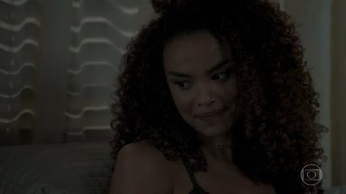 Leila questiona Caio sobre contratação de Selma - Advogado não gosta das insinuações da esposa