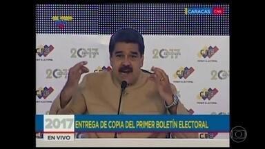 Governo da Venezuela manda líderes da oposição de volta à cadeia - Leopoldo López e Antonio Ledezma, que estavam em prisão domiciliar, são acusados de incitar a violência em protestos e de conspirar contra o governo. O presidente Nicolás Maduro desdenhou das sanções econômicas e jurídicas anunciadas pelos EUA.