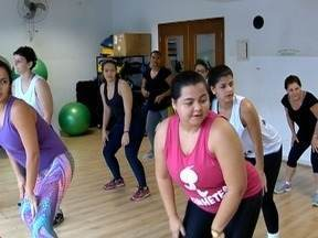 Grupo 'Kinhetes' mostra desenvoltura com a dança - Destaque está no quadro 'Praticando Esporte'.