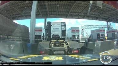 Homem é preso por roubo de caminhão em Jacareí - Polícia divulgou vídeo da perseguição ao veículo, avaliado em R$ 300 mil.