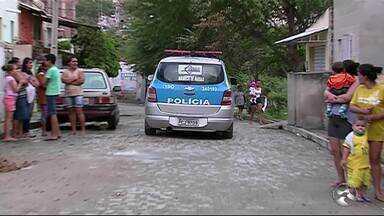 Filha mata mãe a facadas em Caruaru - Segundo a Polícia Militar, outra filha da vítima informou que a irmã tem depressão, mas nunca apresentou um quadro de agressividade.