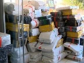 Polícia Rodoviária apreende mais de nove toneladas de maconha em Anhumas - Droga era transportada em uma carreta.