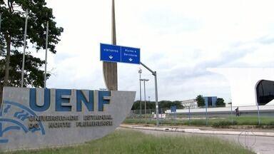 Funcionários com salários atrasados e falta de verba para pesquisa; UENF resiste à crise - Confira a seguir.