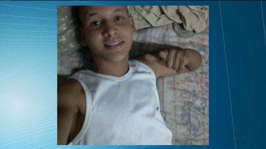 Jovem de 17 anos é assassinado em Campina Grande - O jovem foi morto a tiros quando voltava da escola no bairro da Liberdade.