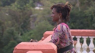 'Inspira SC': Mulher encontra na poesia o caminho para mudar de vida - 'Inspira SC': Mulher encontra na poesia o caminho para mudar de vida