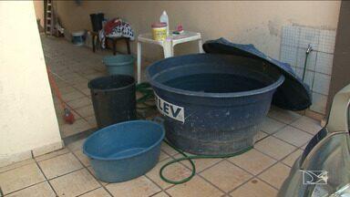 Moradores do Parque Pindorama em São Luís reclamam da falta de água - Moradores do Parque Pindorama em São Luís, reclamam que a água até chega nas torneiras mas não é suficiente para encher reservatórios de água.