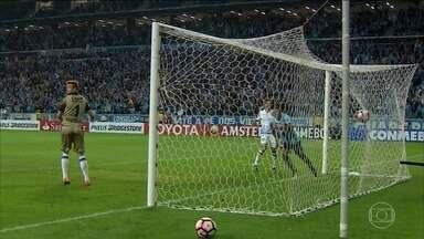 Grêmio vence Godoy Cruz e está nas quartas de final da Taça Libertadores da América - Pedro Rocha fez dois gols contra time argentino.
