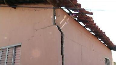 Casa fica destruída após incêndio em Gurupi - Casa fica destruída após incêndio em Gurupi