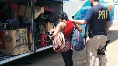 Mulher é presa em Imperatriz transportando droga para o Ceará - Uma mulher foi presa em Imperatriz transportando maconha enquanto viajava num ônibus de Goiânia para Fortaleza.
