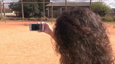 Problemas dos bairros viram assunto de matéria em escola pública de Ponta Grossa - Estudantes registraram os problemas onde moram e o material vai virar um documento que será entregue para os vereadores.