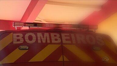 Número de bombeiros em ambulâncias diminui e compromete atendimento - Número de bombeiros em ambulâncias diminui e compromete atendimento