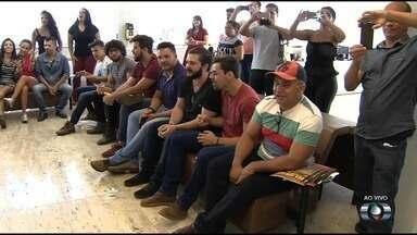 Terminam nesta sexta as inscrições no concurso Novos Talentos da Música Sertaneja - Candidatos têm até as 20 horas para fazer a inscrição na disputa, que elegerá o melhor cantor ou dupla sertaneja, em Goiás.