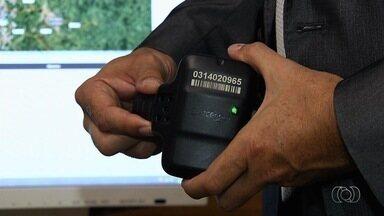 Justiça dá prazo para que Governo de Goiás resolva falta de tornozeleiras eletrônicas - Magistrada cobra cumprimento de contrato sob pena de multa diária de R$ 10 mil.