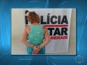 Mulher é presa após esfaquear jovem na cabeça e tórax em Rio Pardo de Minas - Segundo a PM, autora, de 32 anos, vinha ameaçando a vítima de morte; jovem esfaqueada foi agredida quando estava com uma criança de um ano no colo.