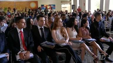 Sessão ordinária na OAB comemora o Dia do Advogado - Em comemoração a data, a subseção da OAB de Santarém realizou uma sessão ordinária solene. A programação enfatizou a instalação de cursos jurídicos no Brasil e a tomada de compromisso de novos advogados.