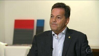 Relator da denúncia contra Temer pede desfiliação do PMDB - Sérgio Zveiter deixou o partido após ter sido suspendo com outros cinco parlamentares.