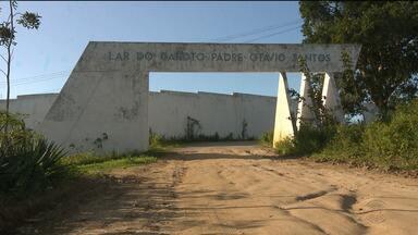 Dez internos do Lar do Garoto são transferidos para presídio de Campina Grande - Os internos, segundo a Polícia, teriam envolvimento nas mortes durante rebelião.
