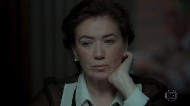 Silvana perde mais uma vez no jogo - Ela começa a se desesperar quando vê o dinheiro indo embora