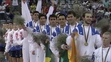 Esporte Espetacular relembra primeira medalha olímpica do Vôlei Masculino em 1992 - Brasil venceu a Holanda e conquistou a primeira medalha olímpica em 1992.