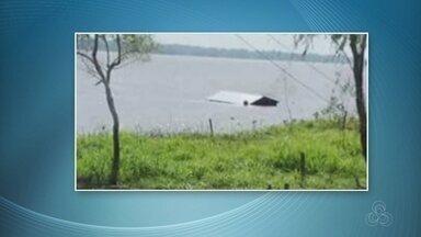 Casa é levada pelo rio Solimões após deslizamento, no AM - Caso ocorreu na Zona Rural de Manaquiri