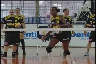 Meninas do Praia Clube querem mostrar serviço nos primeiros amistosos da pré-temporada - Além dos jogos contra a seleção brasileira sub-23, time mineiro enfrenta Bauru e Fluminense