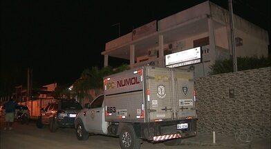 Confusão no reconhecimento das vítimas de atropelamento na Paraíba - Três mulheres foram atropeladas em Mamanguape, quando caminhavam no acostamento. Duas morreram.